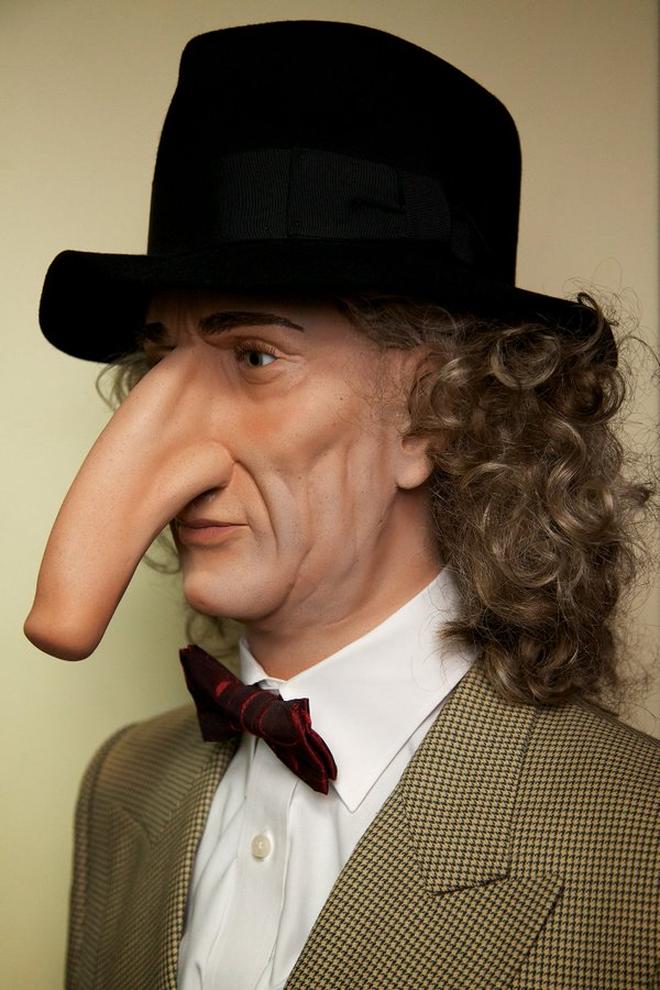 Người đàn ông có chiếc mũi dài nhất thế giới - 3