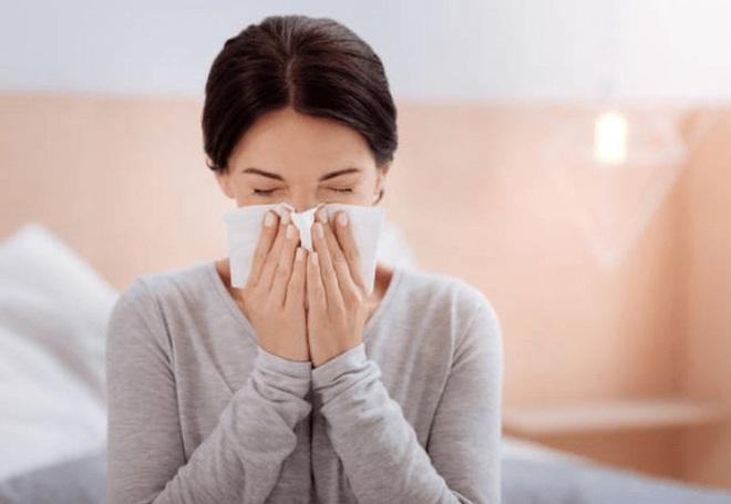 Ngạt mũi, chảy máu cam thường xuyên: Dấu hiệu ung thư dễ bị bỏ qua - 2