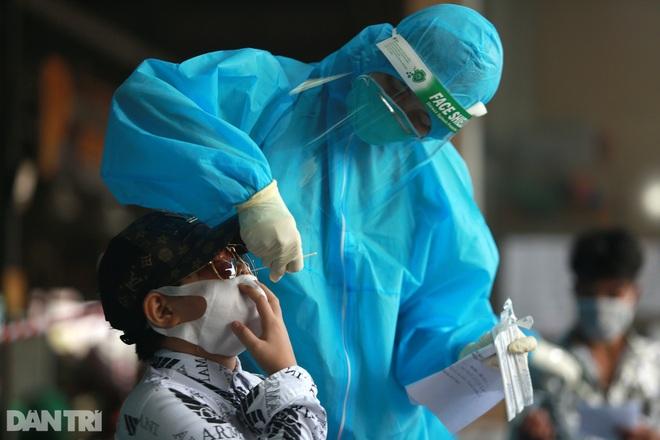 Chuỗi lây Bệnh viện Việt Đức ghi nhận thêm 7 F0 tại Hà Nội - 1