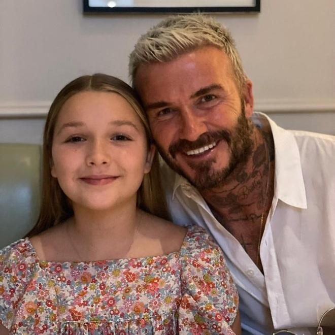 David Beckham tự hào vì cô con gái út Harper - 3