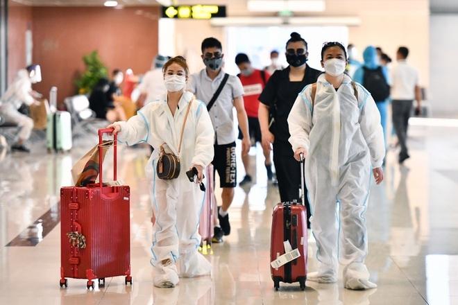 Thông tin mới về điều kiện bắt buộc với khách đi máy bay từ 21/10