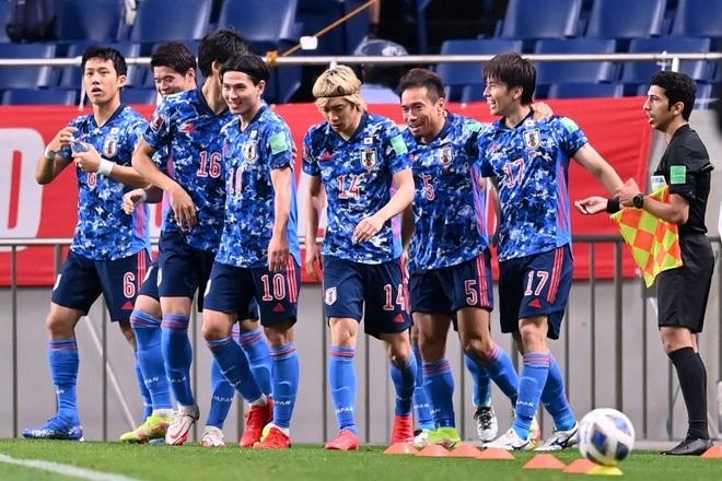 Đội tuyển Nhật Bản đánh bại Australia nhờ cú đốt đền - 1