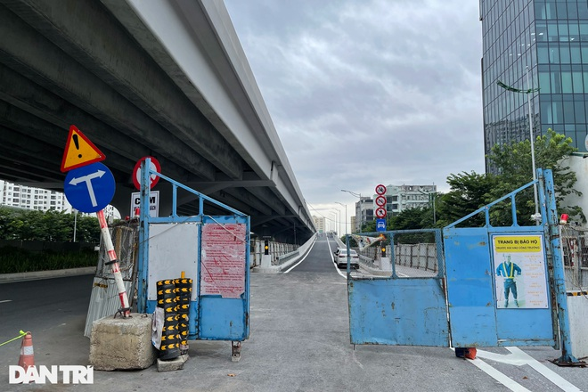Lắp vách chống ồn dọc tuyến đường trên cao đẹp nhất Hà Nội - 11