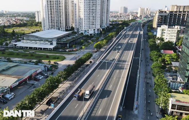 Lắp vách chống ồn dọc tuyến đường trên cao đẹp nhất Hà Nội - 1