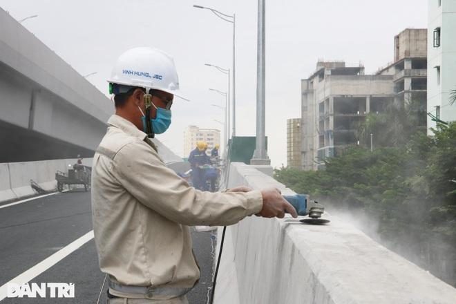 Lắp vách chống ồn dọc tuyến đường trên cao đẹp nhất Hà Nội - 6