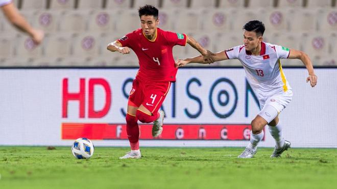 Doanh nghiệp địa ốc sát cánh cùng bóng đá Việt Nam - 2