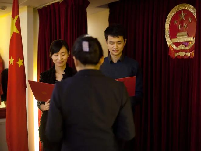 Gần 50% nữ giới thành thị Trung Quốc không có ý định kết hôn - 1