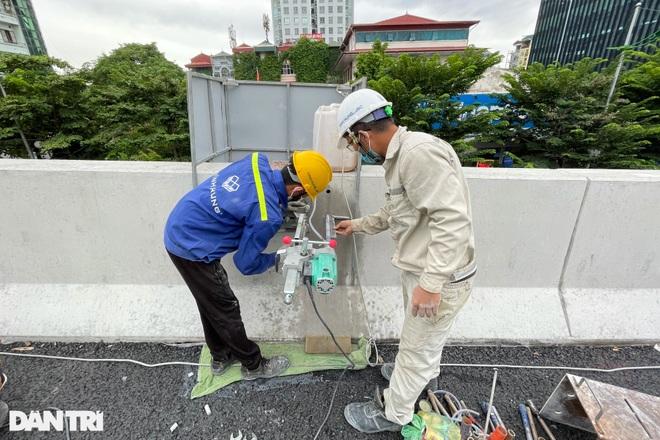 Lắp vách chống ồn dọc tuyến đường trên cao đẹp nhất Hà Nội - 5