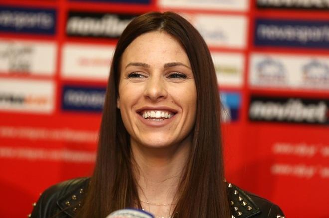 Những bóng hồng xinh đẹp nổi tiếng của thể thao Serbia - 5