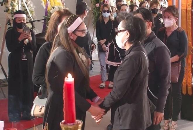 Tang lễ Phi Nhung tại Mỹ: Mạnh Quỳnh xin lỗi Wend Phạm, Trizzie nói ân hận - 2