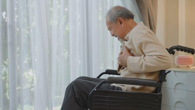 Đại tá Phạm Hòa Lan chia sẻ cách kiểm soát mỡ máu cao hiệu quả, chặn đứng đột quỵ - 2