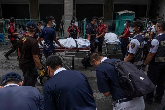 Khoảnh khắc biển lửa nhấn chìm chung cư khiến 46 người chết ở Đài Loan - 4