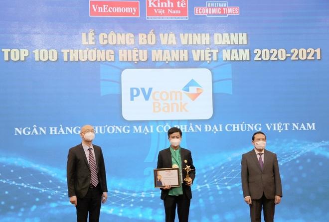 PVcomBank được vinh danh Top 100 thương hiệu mạnh Việt Nam năm 2020-2021 - 1