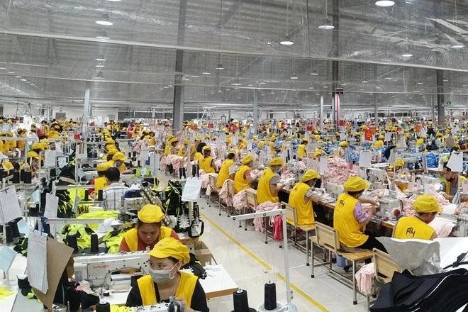 Nghệ An: Hơn 45.200 lao động hồi hương đăng ký xin việc làm - 1