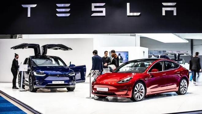 Doanh số Tesla tăng mạnh trong quý III/2021 bất chấp sự sụt giảm của thị trường ô tô toàn cầu.