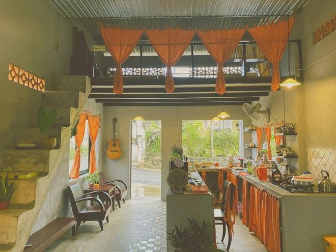 Về quê nghỉ dịch, cô gái Đồng Nai mở quán cà phê tặng bố mẹ - 3