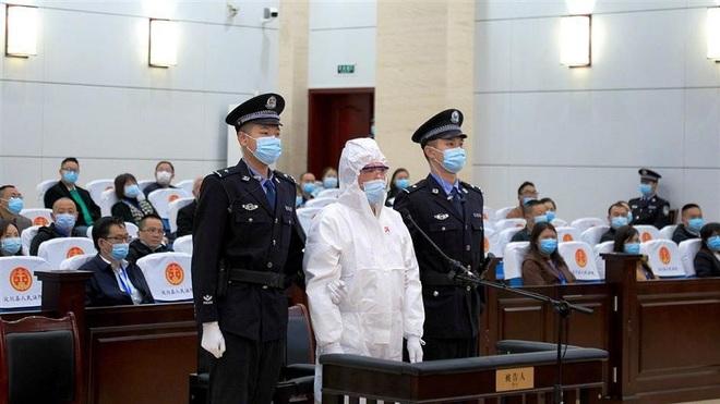 Trung Quốc tử hình kẻ thiêu chết vợ cũ trên sóng livestream - 1