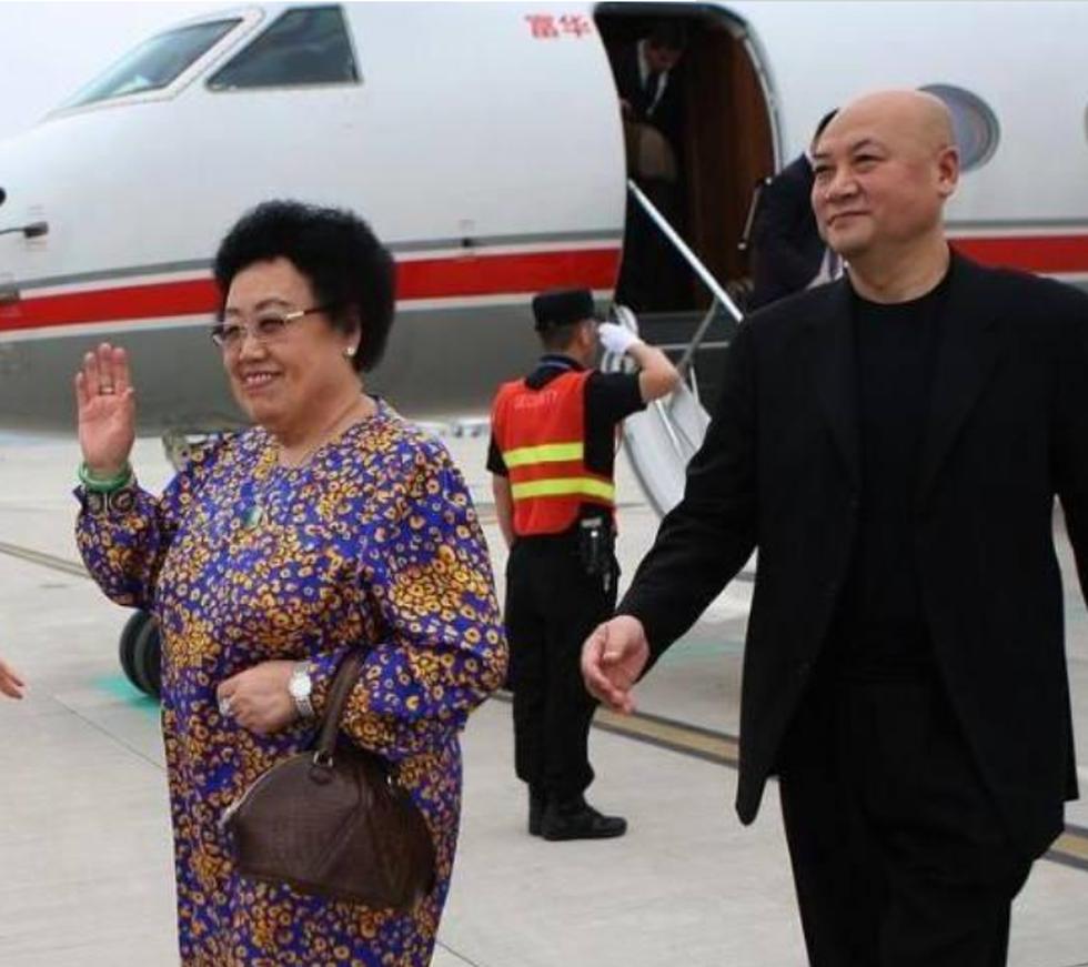 Lần hiếm hoi Đường Tăng Trì Trọng Thụy xuất hiện bên vợ tỷ phú 80 tuổi - 9