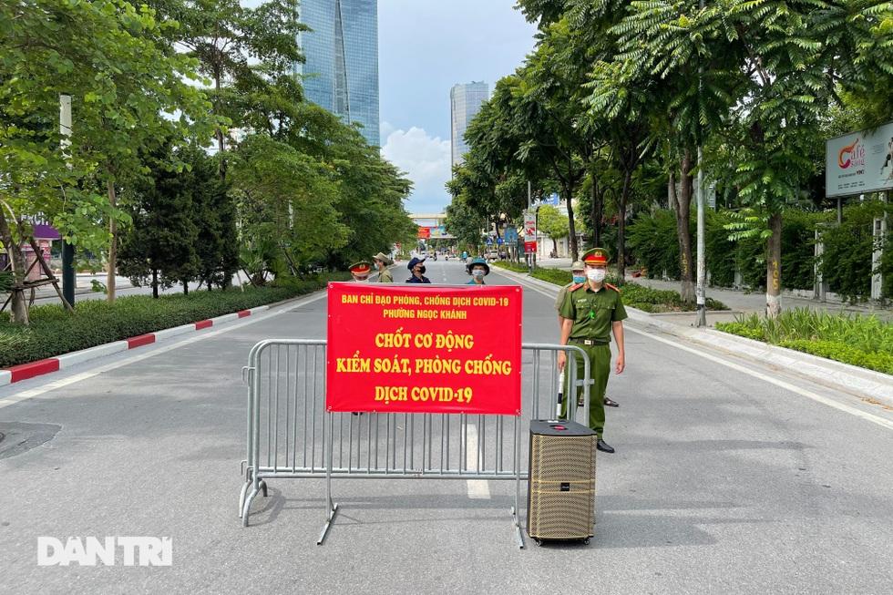 Nhìn lại hơn 20 ngày Hà Nội đối đầu với sóng dịch Delta - 9