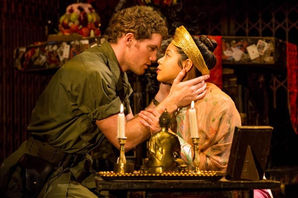 Miss Saigon: Vở kịch về tình yêu, tình mẫu tử gây thổn thức suốt 30 năm - 6