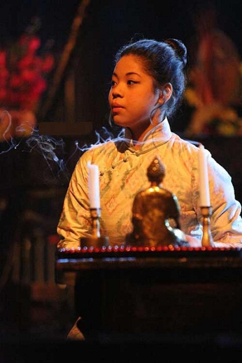 Miss Saigon: Vở kịch về tình yêu, tình mẫu tử gây thổn thức suốt 30 năm - 4