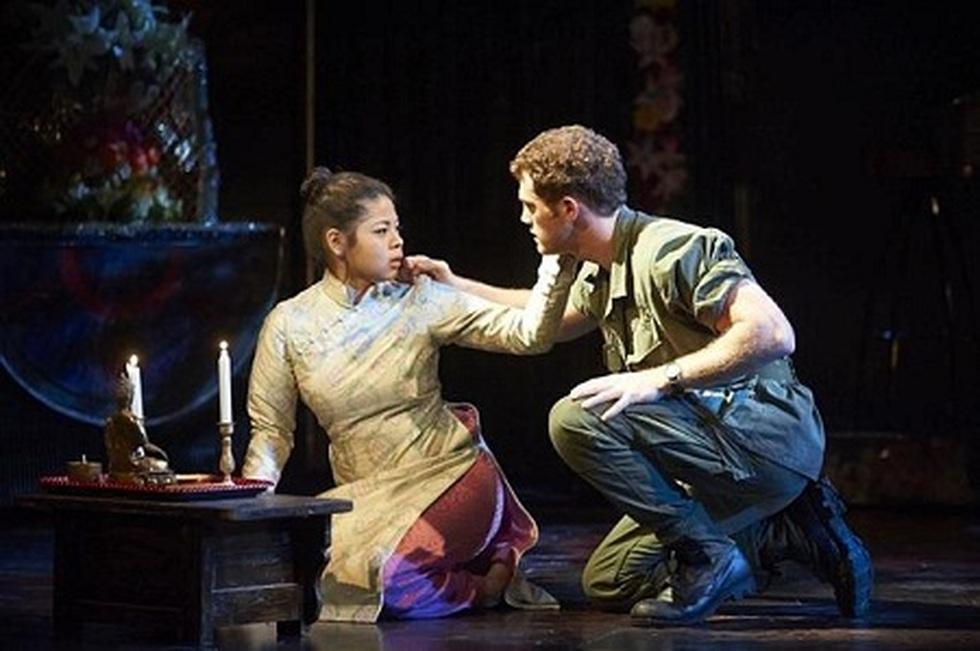 Miss Saigon: Vở kịch về tình yêu, tình mẫu tử gây thổn thức suốt 30 năm - 5