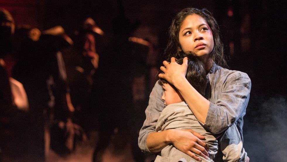 Miss Saigon: Vở kịch về tình yêu, tình mẫu tử gây thổn thức suốt 30 năm - 8