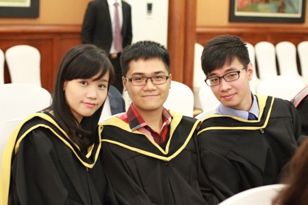 Các sinh viên tốt nghiệp ngành Tài chính Ngân hàng