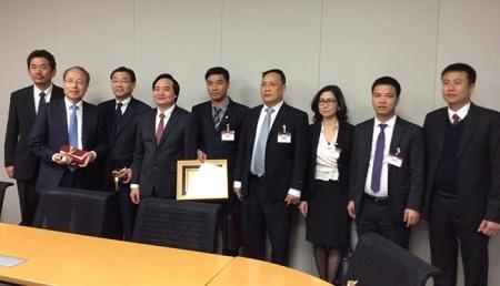Lãnh đạo ĐH QGHN và các đơn vị hợp tác của Nhật Bản