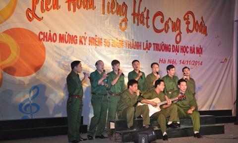 Chương trình văn nghệ chào mừng 55 năm thành lập Trường ĐH Hà Nội