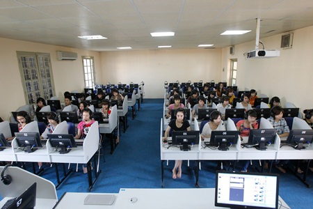 Sinh viên Trường ĐH Hà Nội