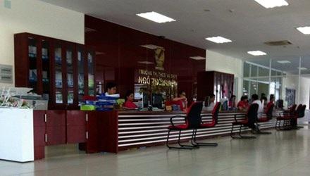 Nhiều học sinh của trường TH - THCS - THPT Ngô Thời Nhiệm bị phạt tiền nếu nghỉ học phụ đạo