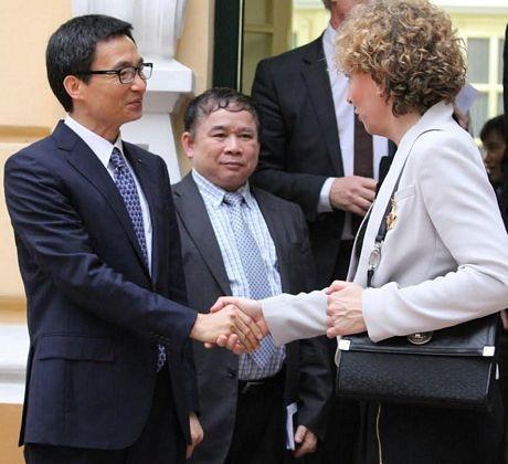 Bộ trưởng Giáo dục Đan mạch tiếp kiến Phó thủ tướng Chính phủ Vũ Đức Đam (Ảnh: