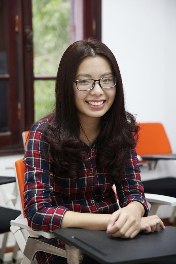 Phạm Quỳnh Trang, cựu học sinh THPT Chuyên Ngoại Ngữ - 8.0 IELTS