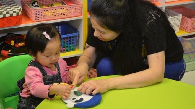 Hồng Kong: Trẻ 1 tuổi phỏng vấn vào mẫu giáo