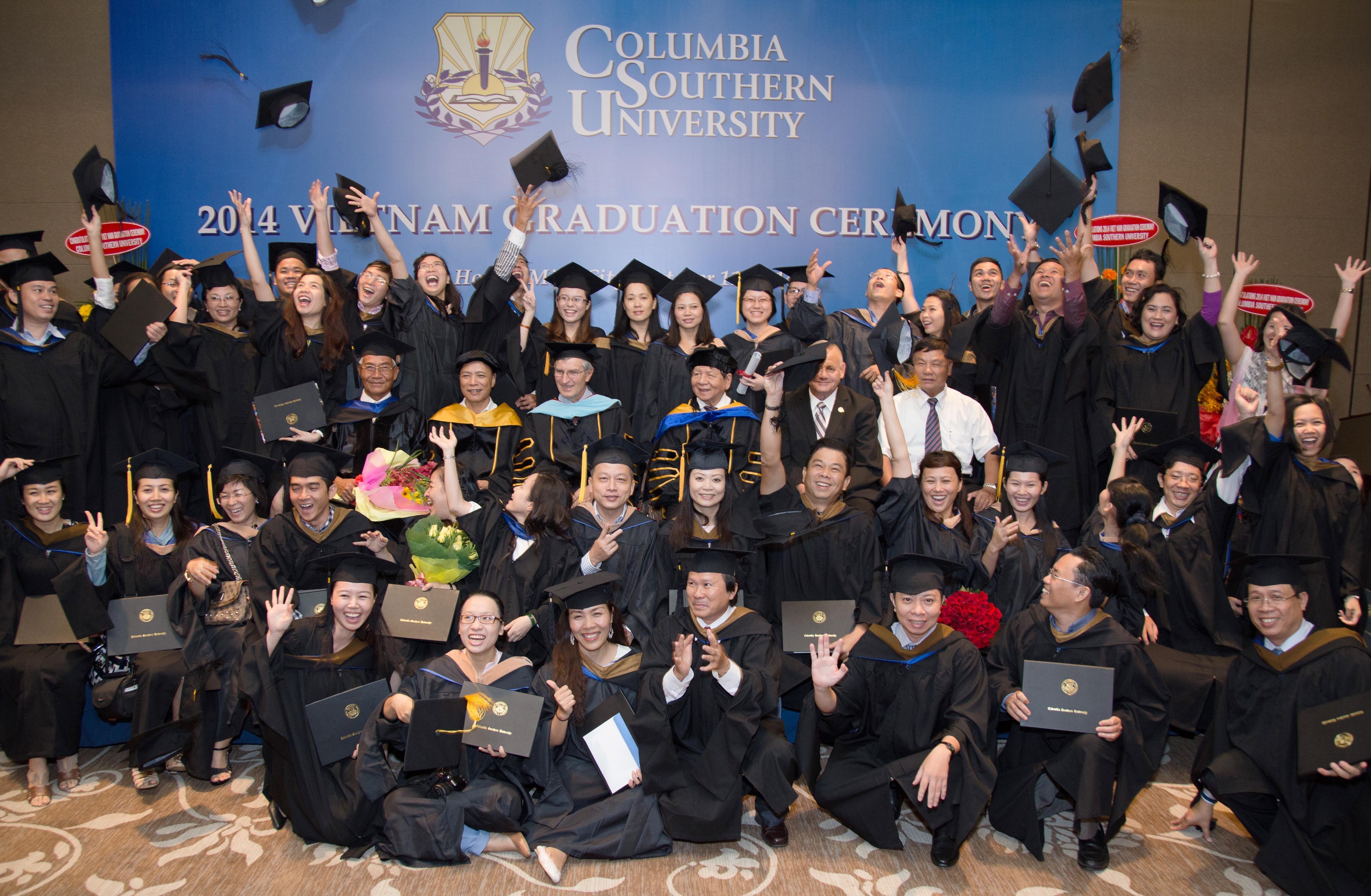 Lễ Tốt nghiệp năm 2014 của Trường Đại học Columbia Southern tại Việt Nam.