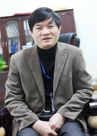 Tiến sỹ Nguyễn Trọng Tài - Hiệu trưởng trường ĐH Y Khoa Vinh trao đổi với PV (Ảnh: Nguyễn Duy)