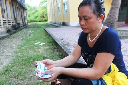 Chị Cao Thị Hà - một nạn nhân trong vụ lừa đảo trúng thưởng bằng thẻ điện thoại