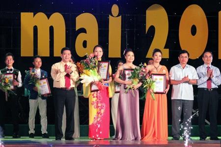 Giải Nhất thuộc về 3 thí sinh: Trần Thị Trang, Đinh Thị Trang và Trần Thị Huyền Trang.