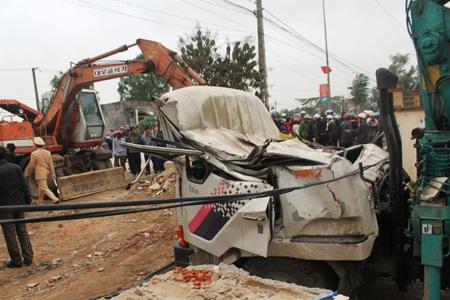 Nhiều người dân chưa hết bàng hoàng sau vụ tai nạn
