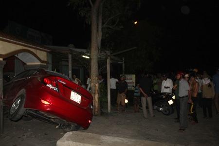 Nhiều người dân vẫn chưa hết sợ hãi khi chứng kiến vụ tai nạn