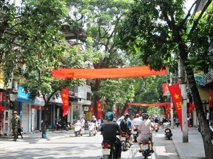 Những đường phố nội thành trở nên thoáng đãng.