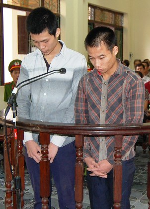 2 bị cáo nhận mức án chung thân và 3 năm tù giam cho những tội ác đã gây ra.