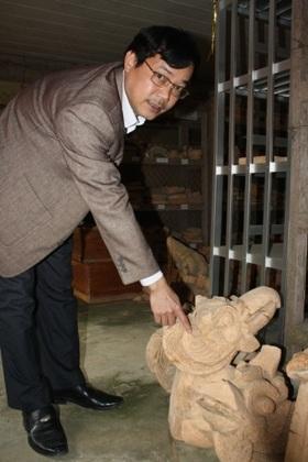 Một tháp cổ nghìn tuổi được khai quật tại Tân Lĩnh.