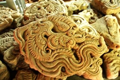 Dấu ấn văn hóa Chăm Pa đặc trưng qua hoa văn lá đề được tìm thấy tại Hoàng thành Yên Bái.