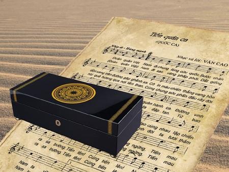 Niềm tự hào mang tên dân tộc được gửi gắm bên trong hộp nhạc Reuge Việt Nam Collection