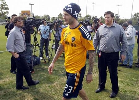 Tottenham muốn lôi kéo Beckham trở lại Premier League - 1