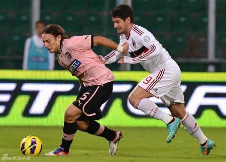 AC Milan xuất sắc lội ngược dòng trước Palermo sau khi bị dẫn trước tới 2-0