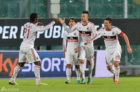 Nhưng AC Milan đã tìm lại mình trong hiệp đấu thứ 2