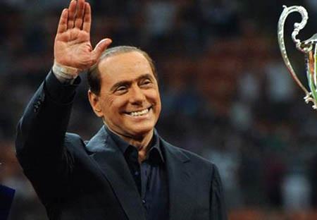 Trong khó khăn, Berlusconi buộc phải bán đi AC Milan